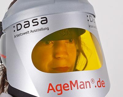 Altersanzug_AgeMan_Helm_DASA